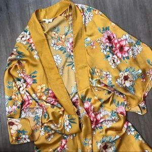 VICI Silky Kimono